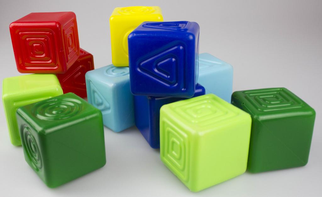 Тактильные пластиковые кубики